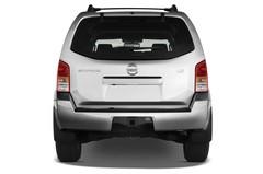 Nissan Pathfinder LE SUV (2004 - 2013) 5 Türen Heckansicht