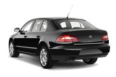 Skoda Superb Elegance Limousine (2008 - 2015) 4 Türen seitlich hinten