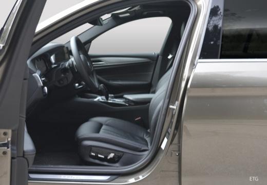 BMW 530i Aut. (seit 2016) Innenraum