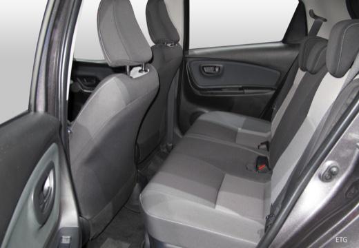 Toyota Yaris Hybrid 1.5 VVT-i (seit 2017) Innenraum