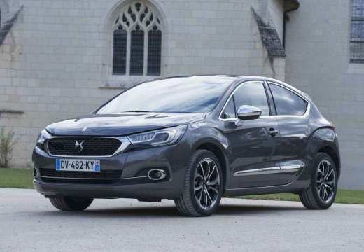 Citroen DS4 BlueHDi 120 S&S EAT6 (seit 2015) Front + links