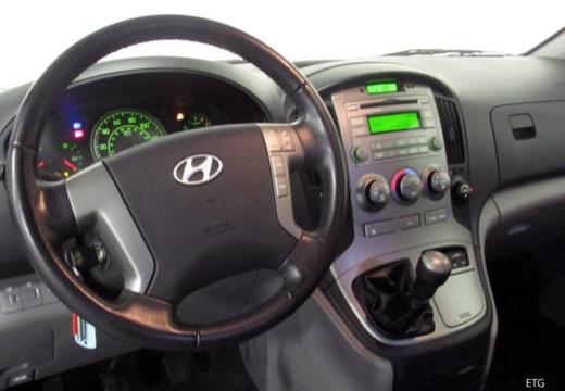 Hyundai H-1 Starex 2.5 CRDi (2008-2010) Armaturenbrett
