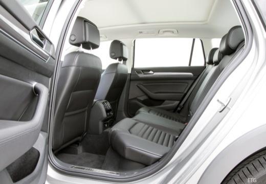 VW Passat Variant 2.0 TDI SCR 4Motion DSG BlueM. Tech (seit 2014) Innenraum