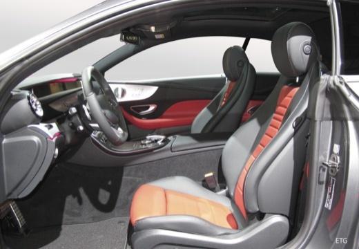 Mercedes-Benz E 200 Coupe (seit 2017) Innenraum