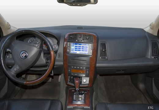 Cadillac SRX 4.6 V8 AWD (2007-2009) Armaturenbrett