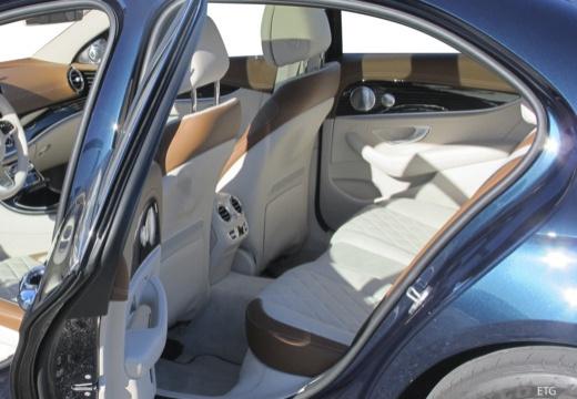 Mercedes-Benz E 200 (seit 2016) Innenraum