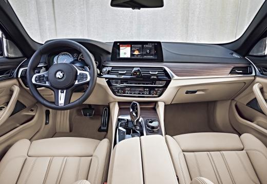 BMW 540i xDrive Touring Aut. (seit 2017) Armaturenbrett