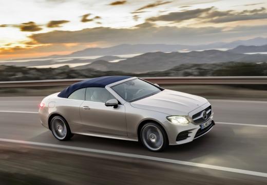 Mercedes-Benz E 200 Cabrio 9G-TRONIC (seit 2017) Front + rechts