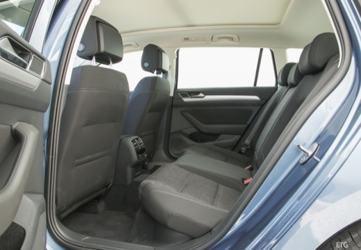 VW Passat Variant 1.4 TSI ACT BlueMotion Techno. DSG (seit 2015) Innenraum