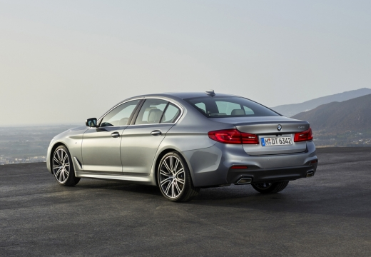 BMW 530i Aut. (seit 2016) Heck + links