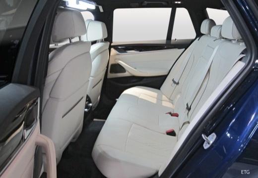 BMW 520d Touring (seit 2017) Innenraum