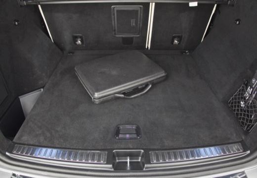 Mercedes-Benz ML 500 4MATIC BlueEFFICIENCY 7G-TRONIC (2012-2015) Laderaum