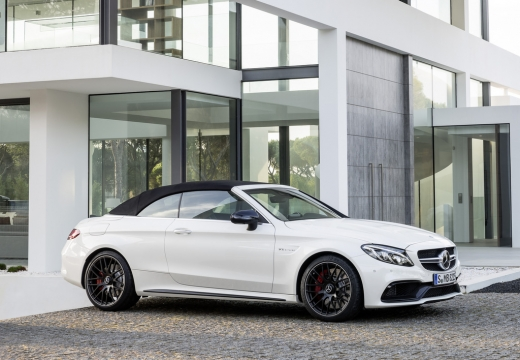 Mercedes-Benz AMG C 43 Cabrio 4Matic 9G-TRONIC (2016-2016) Seite rechts
