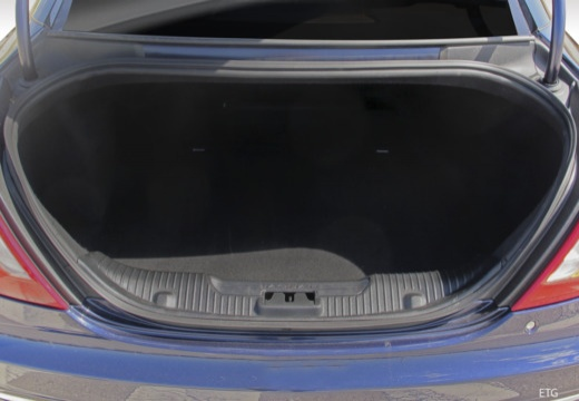 Jaguar XJ 3.0 V6 Kompressor AWD (seit 2015) Laderaum