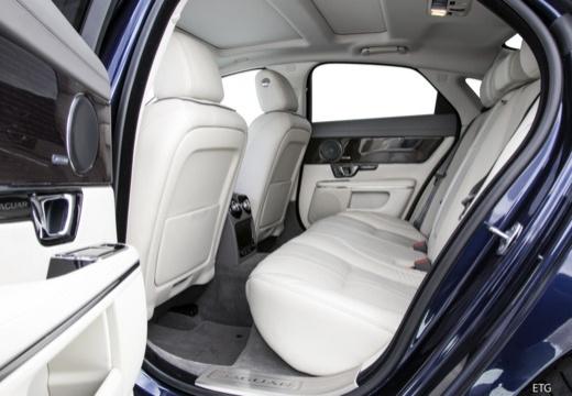 Jaguar XJ 3.0 V6 Kompressor AWD (seit 2015) Innenraum
