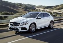 Mercedes-Benz AMG GLA 45 4Matic AMG Speedshift 7G-DCT (seit 2017) Front + links