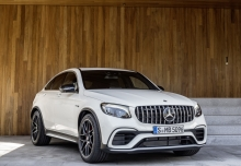 Mercedes-Benz AMG GLC Coupe 63 4Matic+ AMG Speedshift MCT (seit 2017) Front + rechts