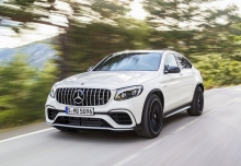 Mercedes-Benz AMG GLC Coupe 63 4Matic+ AMG Speedshift MCT (seit 2017) Front + links