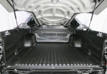 Mitsubishi L200 Pick Up 4x4 S&S (2015-2015) Laderaum
