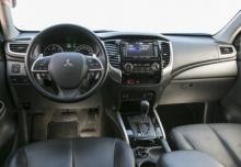 Mitsubishi L200 Pick Up 4x4 S&S (2015-2015) Armaturenbrett
