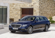 Mercedes-Benz E 220 d T 9G-TRONIC (seit 2016) Front + links
