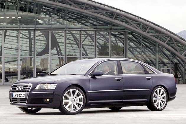 Audi A8 6.0 W12 quattro mit 450 PS: Die Ringe der Herren