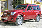 Der Harte und der Zarte im Test: Dodge klotzt mit dem Nitro