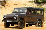 Land Rover Defender 110 Station Wagon Td4 Rough im Test