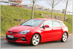 Opel Astra BiTurbo im Test: Zwei Turbos für ein Halleluja