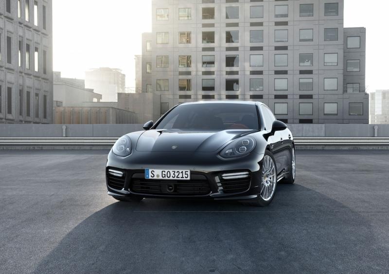 Porsche Panamera Turbo und Panamera S E Hybrid - Verschieden und doch gleich