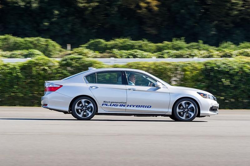 Honda FCV Clarity - Gegen den Mirai