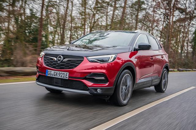 Fahrbericht: Opel Grandland X Hybrid4 - Zwei Seelen wohnen, ach, unter seiner Karosserie