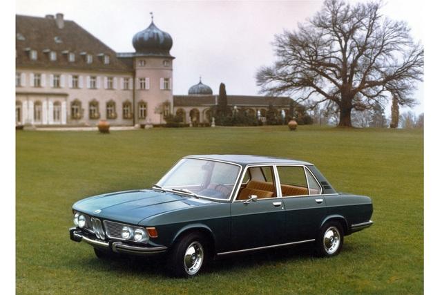 Tradition: 50 Jahre BMW 2500 bis 3.3 Li (Baureihe E3) - Sechs Richtige statt V8
