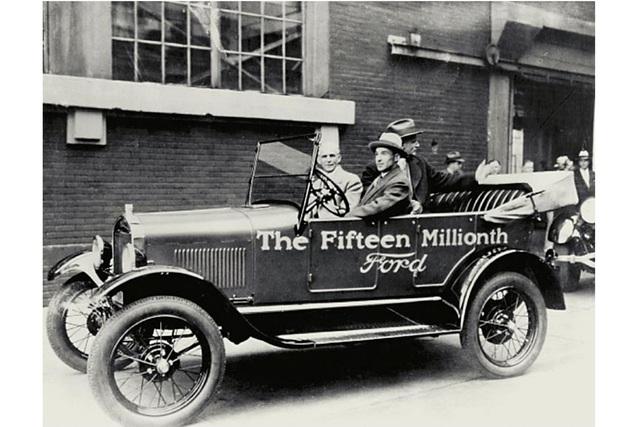 Tradition: 110 Jahre Ford Model T - Wie Ford den Fortschritt in Fahrt brachte