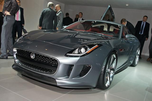 Jaguar CX-16 - Elektroturbo für E-Type-Nachfolger