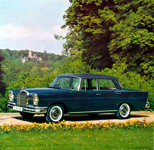 Tradition: 60 Jahre Mercedes-Benz 220 b bis 300 SE (W111/112) - Amerikanische Peilkanten für chromglänzende Auftritte