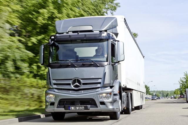Mercedes Benz Antos - Kleiner Brocken
