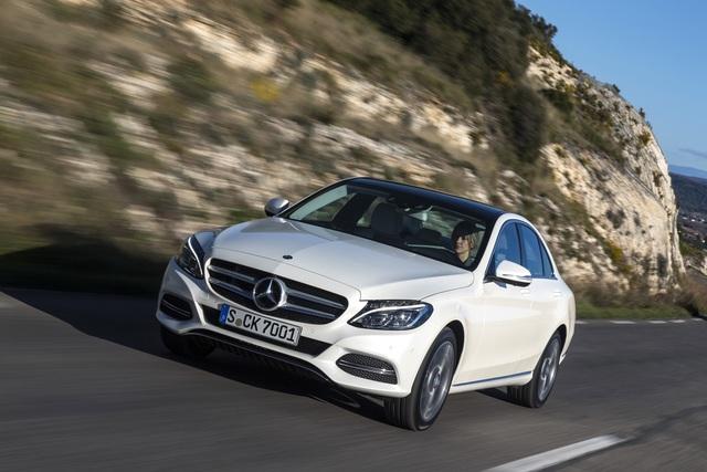 EuroNCAP-Crashtest - Fünf Sterne für Mercedes C-Klasse