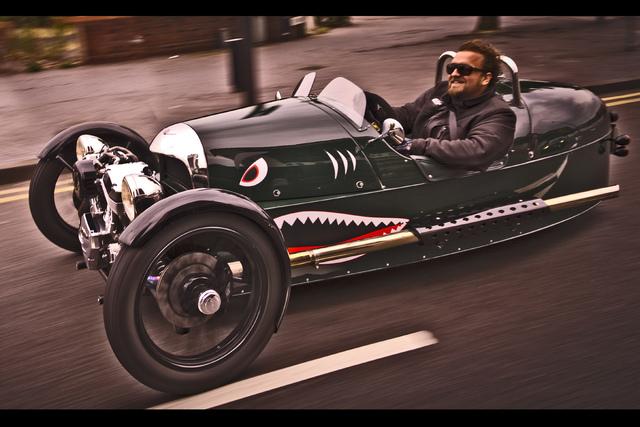 Panorama: Morgan Threewheeler - Seifenkiste auf Speed