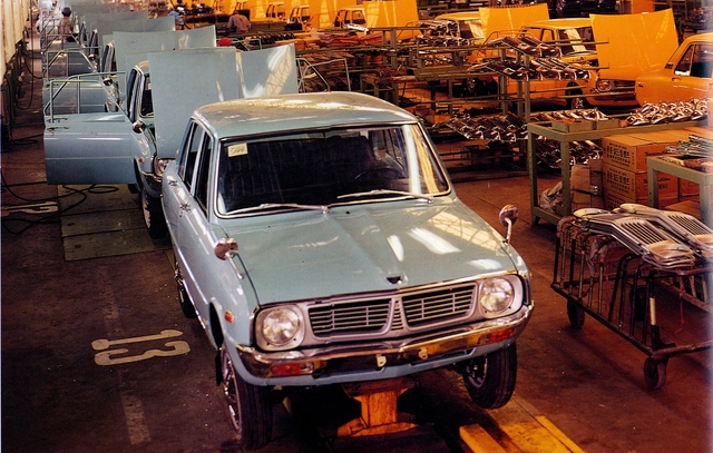 Tradition 60 Jahre Kia Autobau: - Vom Copyshop zur Zukunftswerkstatt