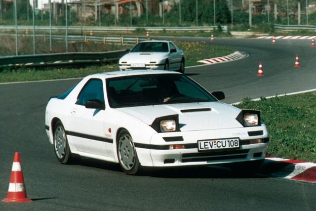 Tradition: 30 Jahre Mazda RX-7 (FC) - Tiefflieger mit Turbinentechnik (Kurzfassung)