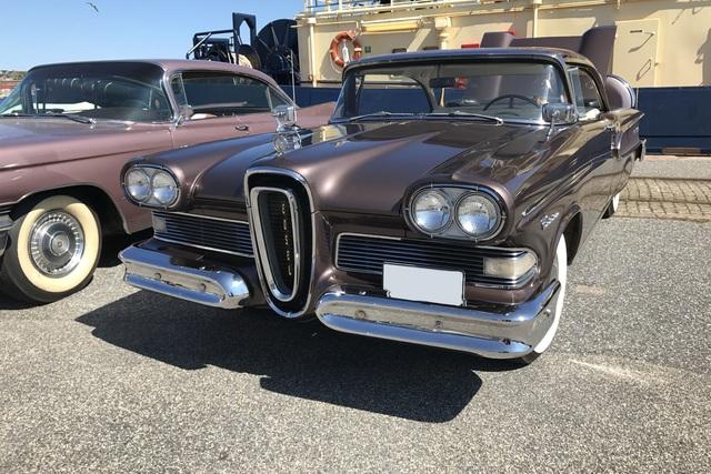 Tradition: 60 Jahre Automobile mit Panoramaglas - Glamouröse Aussichten made in America