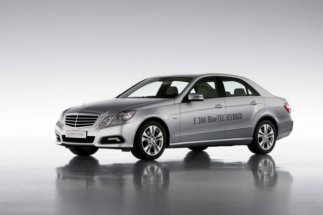 Mercedes wird sparsamer: Stopp-Start und neue Motoren