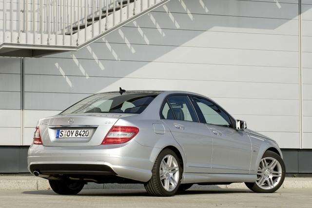 Mercedes-Benz C-Klasse: Die Schwaben knausern