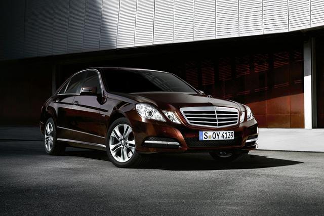 Mercedes-Benz: Neuer Top-Diesel und Kosmetik für die E-Klasse