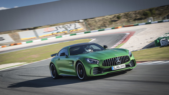 Fahrbericht: Mercedes-AMG GT-R - Star-Fighter