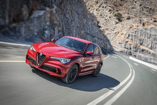 Test: Alfa Romeo Stelvio QV  - Genial daneben