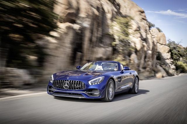 Test: Mercedes-AMG GT Roadster - Schönheit ungefiltert