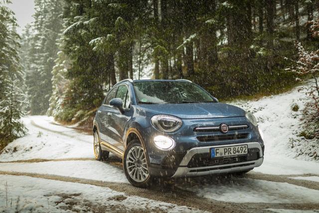 Ratgeber: Allradautos im Schnee - Beim Bremsen hilft kein Quattro
