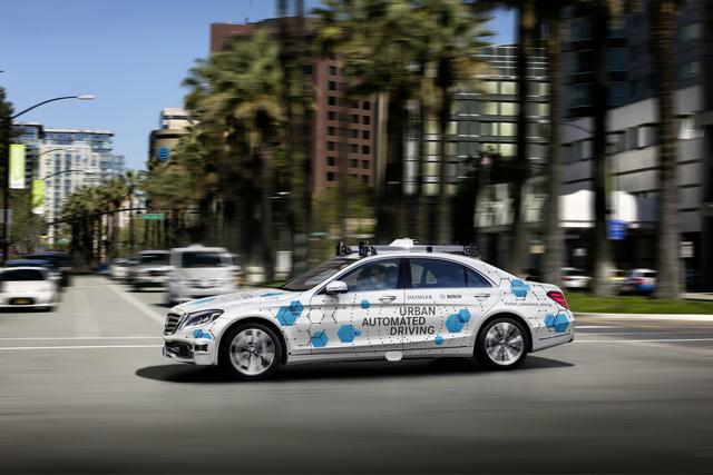Kooperation von BMW und Daimler - Hochautomatisierte Privat-Pkw ab 2024